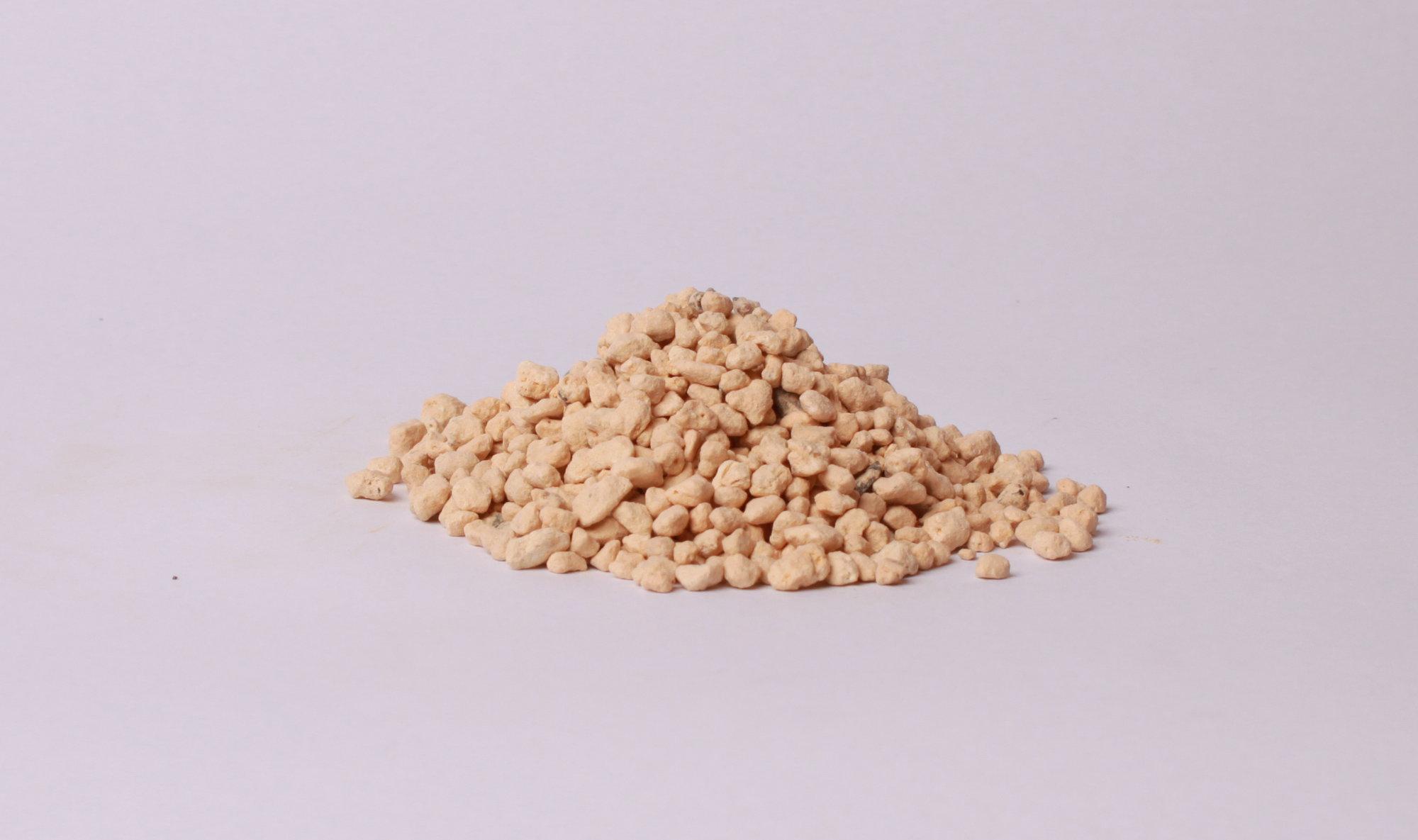 Kiryu je granulový vulkanický substrát vhodný pre ihličnaté stromy.