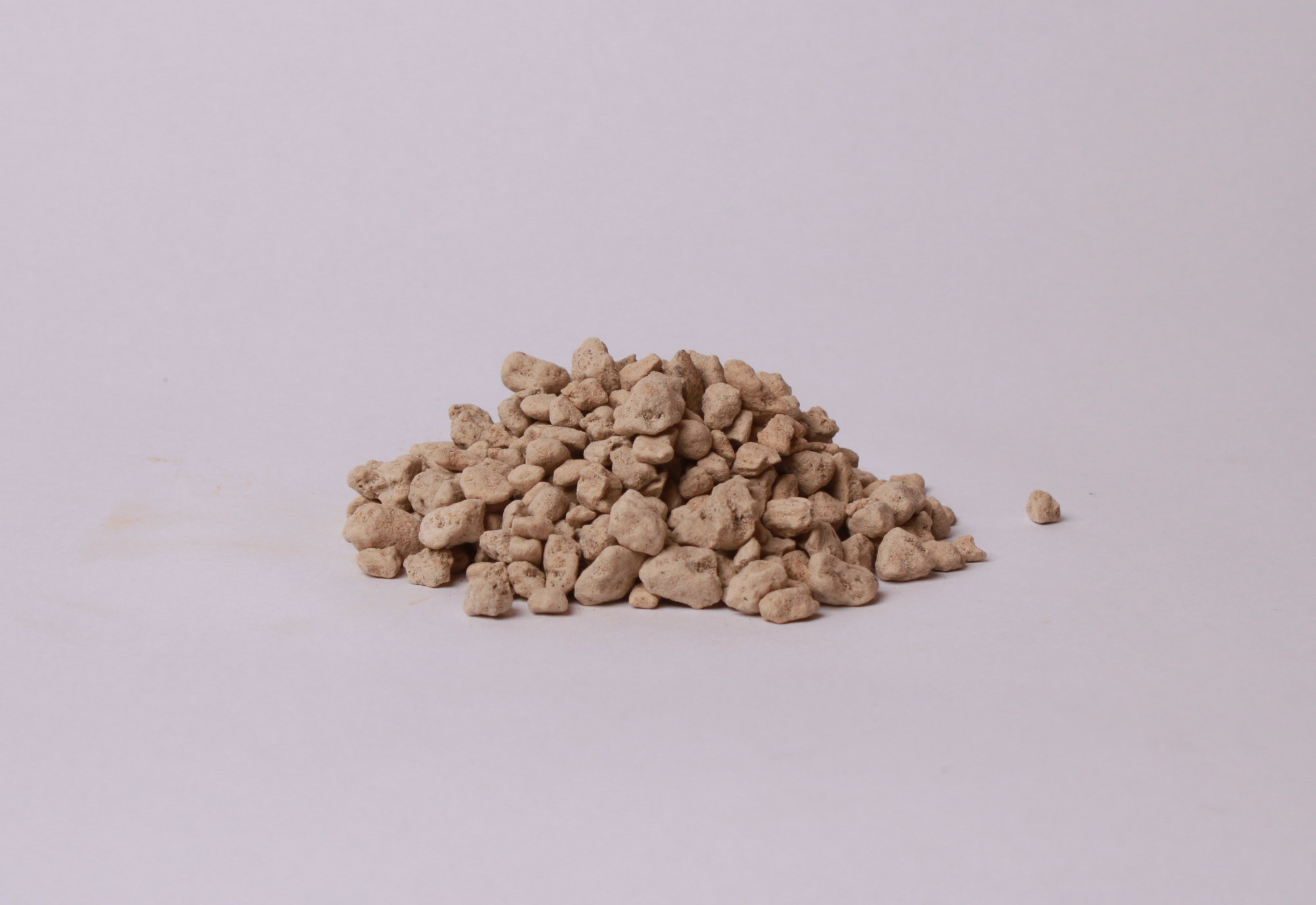 Pemza sa používa pri miešaní substrátov
